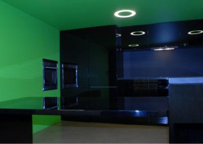 Valcuisines - cuisine laquée noir brillant_L051