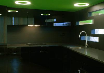 Valcuisines - cuisine laquée noir brillant_L055