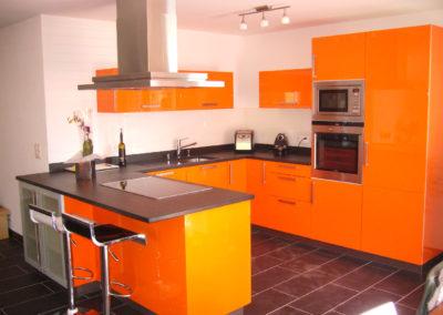 Cuisine laquée orange brillant_L03