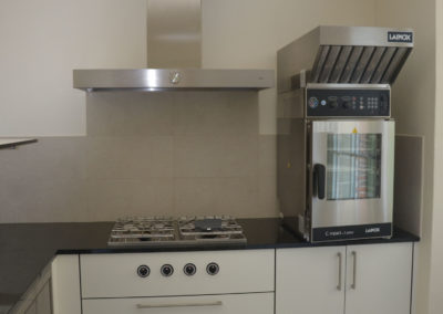 Valcuisines - cuisine semi-professionel en CDF décor blanc_M0115