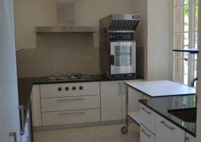 Valcuisines - cuisine semi-professionel en CDF décor blanc_M0116